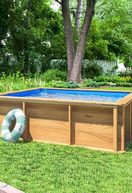 40. Compre boais para as crianças se divertirem na piscina de paletes sempre que quiserem – Foto: Pinterest