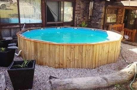 26. A piscina de paletes é uma ótima maneira de economizar! – Foto: Pinterest
