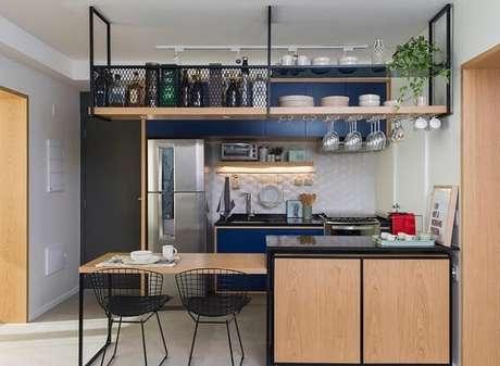 68. Traga o estilo rústico para dentro de casa mesclandotons de azul e marrom. Fonte: Casa e Jardim