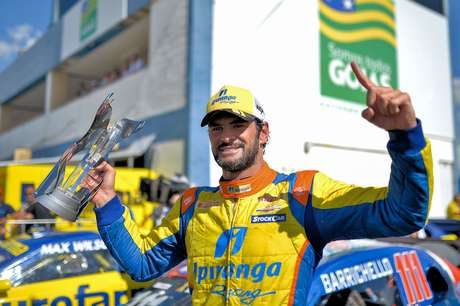 Thiago Camilo recupera vitória de Goiânia é líder da Stock Car