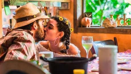 O Dia dos Namorados é comemorado em 12 de junho no Brasil