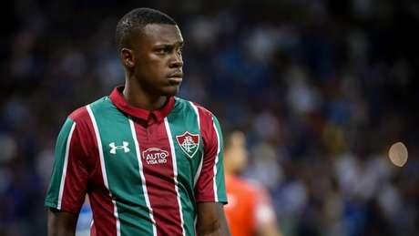 Antes sem espaço, Frazan atualmente é o titular do Fluminense (Foto: Lucas Merçon / Fluminense)
