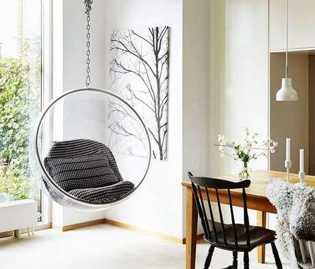 2. Poltrona decorativas em forma de bolha. Fonte: Essência Móveis de Design