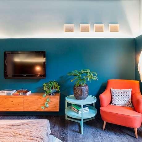 38. Poltronas decorativas para o quarto. Fonte: Tua Casa
