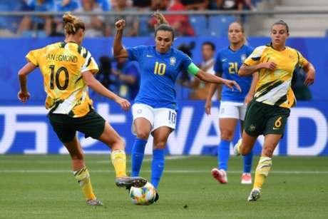Brasil foi derrotado pela Austrália na Copa do Mundo (Foto: PASCAL GUYOT / AFP)