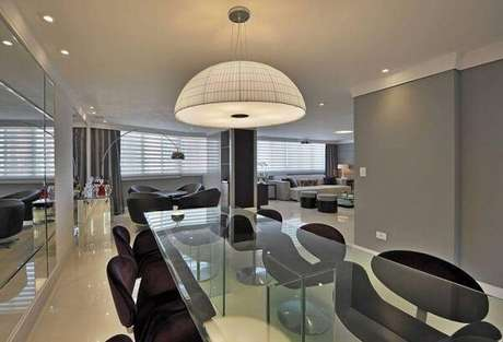 75. Lustres para sala de jantar em formato de cúpula. Fonte: Tua Casa