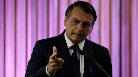 Em evento na Fiesp, no Rio de Janeiro, Bolsonaro disse que recomendou ao ministro do Meio Ambiente que passe a 'foice no Ibama'