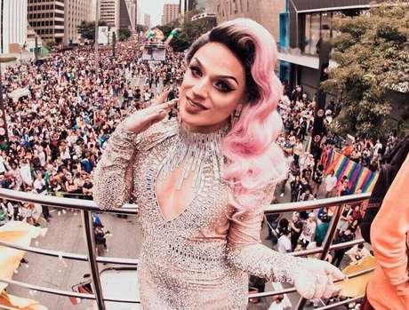 Lorelay Fox será apresentadora da Parada LGBT 2019 no YouTube.