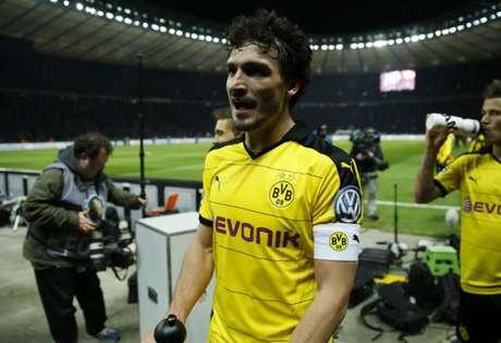 Hummels com a camisa do Borussia Dortmund (Foto: Odd Andersen / AFP)