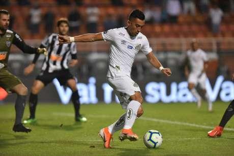 Uribe ainda não recuperou sua melhor forma física na temporada (Ivan Storti/Santos FC)