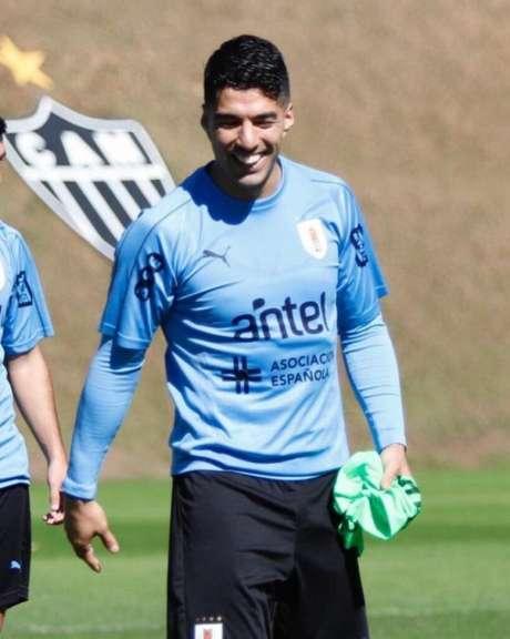 Suárez já treinou em BH com o Uruguai, visando preparação para o duelo com o Equador , domingo, 16 de junho, no Mineirão- (Associação Uruguaia de Futebol/Divulgação)