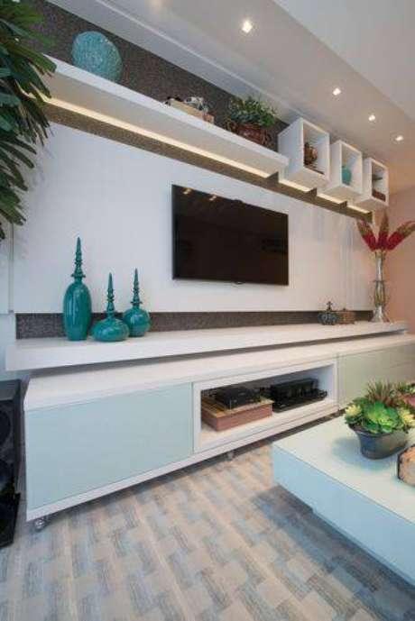 29. Painel para TV mais horizontal. Projeto de Actual Design