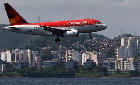 Avião da Avianca pousa no Rio de Janeiro