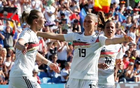Alemanha não teve dificuldades para bater sul-africanas