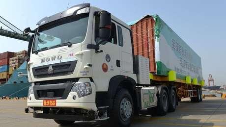 Caminhões autônomos vêm sendo testados em algumas regiões da China