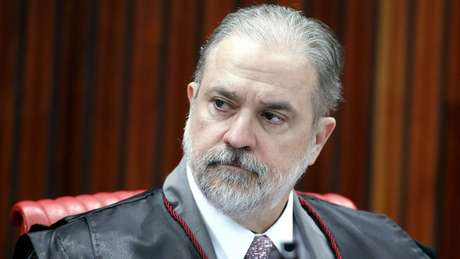Augusto Aras é especialista em direito eleitoral