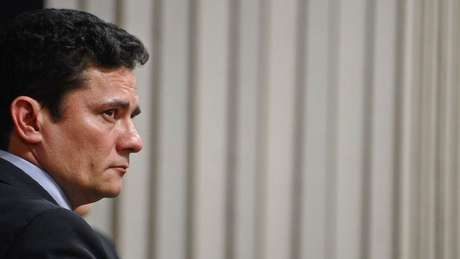 O ministro Sergio Moro (foto) deve ser consultado por Bolsonaro a respeito da indicação