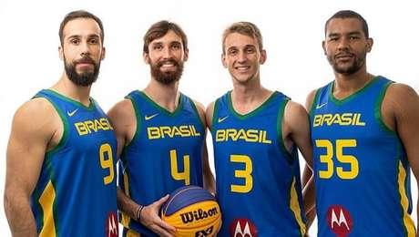 Felipe Camargo, Jefferson Socas,William Weihermann eJonatas Júlio de Mello vão representar o Brasil na Copa do Mundo de basquete 3x3