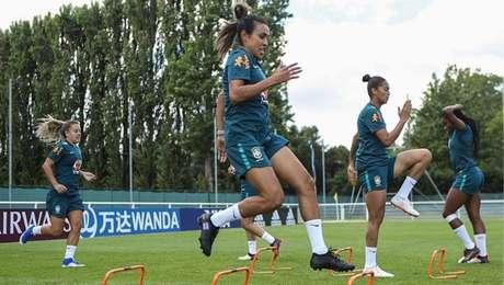 Marta será titular diante da Itália nesta terça-feira