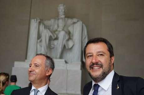 Matteo Salvini em visita ao Lincoln Memorial, em Washington