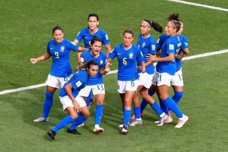 Brasil tenta a classificação contra a Itália (Foto: GERARD JULIEN / AFP)
