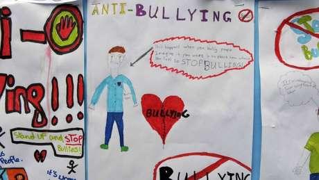Campanha antibullying em escola inglesa; 'só quando todos no ambiente escolar, de pais a educadores e estudantes, entenderem que essa questão não é aceitável e precisa ser enfrentada é que o problema será combatido'