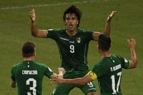 Moreno marcou o gol da Bolívia (Foto: Mauro PIMENTEL / AFP)