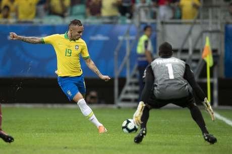Everton entrou bem no empate em 0 a 0 com a Venezuela (Foto: Lucas Figueiredo/CBF)