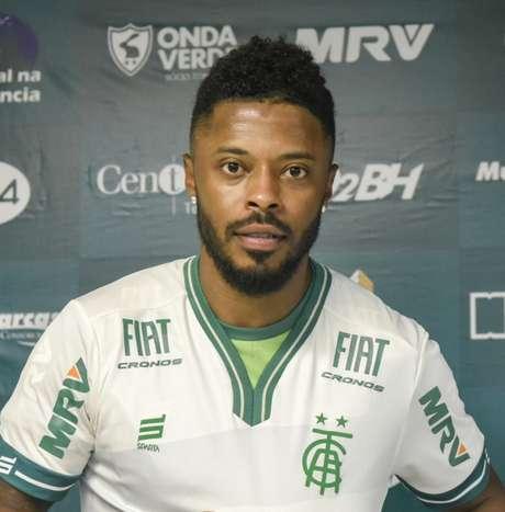 Michel Bastos ainda não jogou em 2019 de forma oficial e está liberado para atuar pelo Coelho- (Mourão Panda/América-MG)