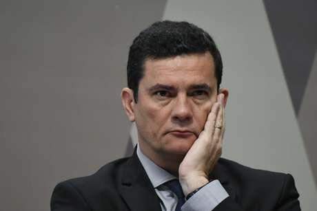 O ministro da Justiça, Sergio Moro, na sessão da CCJ do Senado