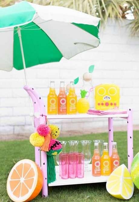 24. Bebidas bem refrescantes também precisa estar presentar na sua comemoração – Foto: Ideias Decor
