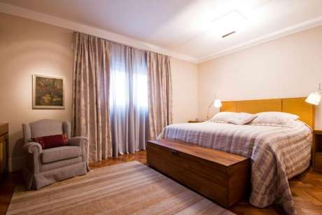 45. Tecido para cortina de decoração de quarto de casal na cor neutra- Por: Regina Meira