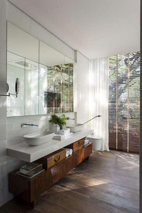 9. Tecidos para cortinas de banheiro – Por: Dado Castello