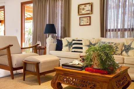 20. Tecido para cortina de sala de estar com o cortinas leves e lindas – Por: Jamile Decor