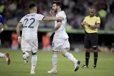 Comemoração do gol de Lionel Messi, da Argentina, em partida contra o Paraguai, válida pela segunda rodada do grupo B da Copa América 2019, realizada no Estádio do Mineirão, no bairro São José, em Belo Horizonte (MG), nesta quarta-feira, 19.