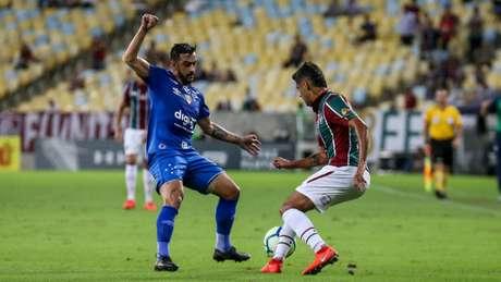 Robinho confia que o período de descanso e trabalho poderá favorecer na recuperação do Crtuzeiro na temporada- (Foto: Lucas Merçon/Fluminense)