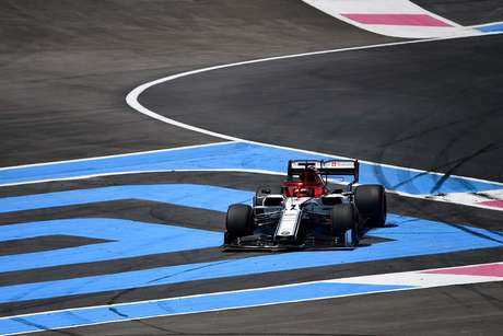 Raikkonen considera que Alfa Romeo está próxima do top 10