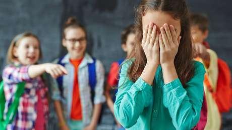 Ação defende que combate ao bullying de alunos LGBTs seja dever de escolas