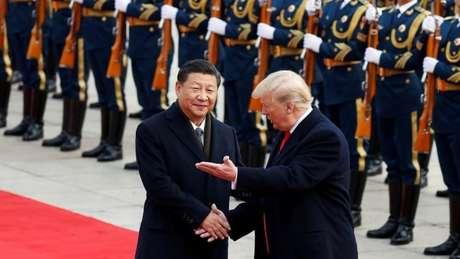 Donald Trump e Xi Jinping devem se reunir em Osaka, durante a cúpula do G20, para negociar um acordo sobre a guerra comercial que travam desde 2018