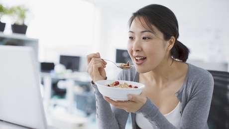 Cereais matinais com 'cara de nutritivos' entram na categoria alimentar dos ultraprocesados, considerada perigosa