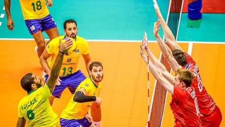 Wallace ataca na vitória do Brasil diante da Rússia