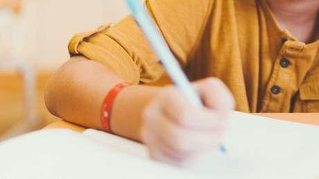 Um terço das crianças do país não é alfabetizada na idade certa