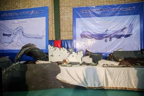 Destroços de drone dos EUA derrubado pelo Irã, de acordo com as forças iranianas 21/06/2019 Tasnim News Agency/Divulgação via REUTERS