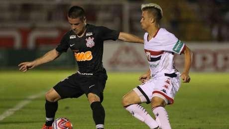 Corinthians vai enfrentar o Botafogo-SP, o Vila Nova e ,provavelmente, o Londrina (Foto: CELIO MESSIAS/ UAI Foto)