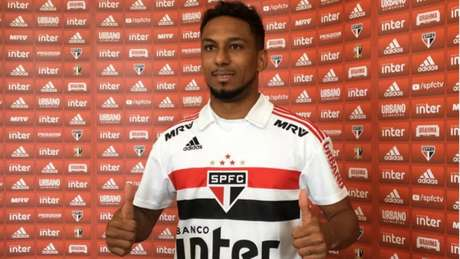 Com apenas dois jogos, Biro Biro não conseguiu se destacar pelo São Paulo (Foto: Divulgação)