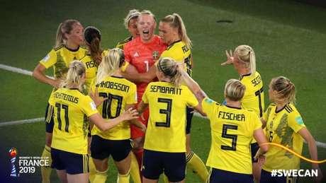 Suécia venceu o Canadá e garantiu a classificação (Foto: Reprodução)