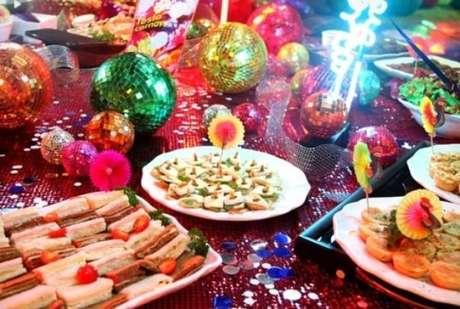 53. As comidinhas da festa a fantasia devem ser deliciosas! – Por: Pinterest