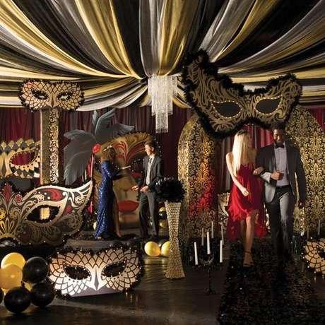 23. Capriche nos detalhes da festa à fantasia – Por: Pinterest