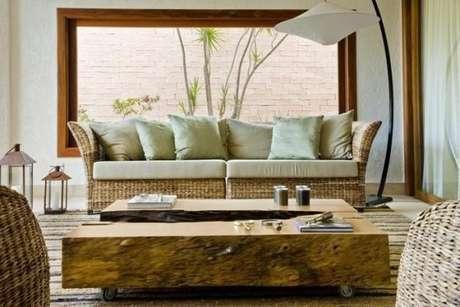 46. A decoração da sala de estar com tons de verde claro – Por: Ana P Barros