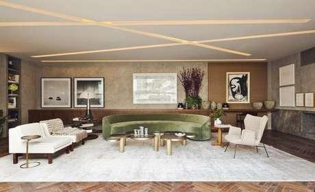 7. Invista no sofá em tons de verde de veludo para um ambiente sofisticado – Por: Flavia Gerab Tayar